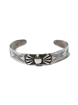 画像2: 【 Vintage Indian Jewelry(ヴィンテージ インディアン ジュエリー) 】 ナバホシルバーバングル [ 1950's ]